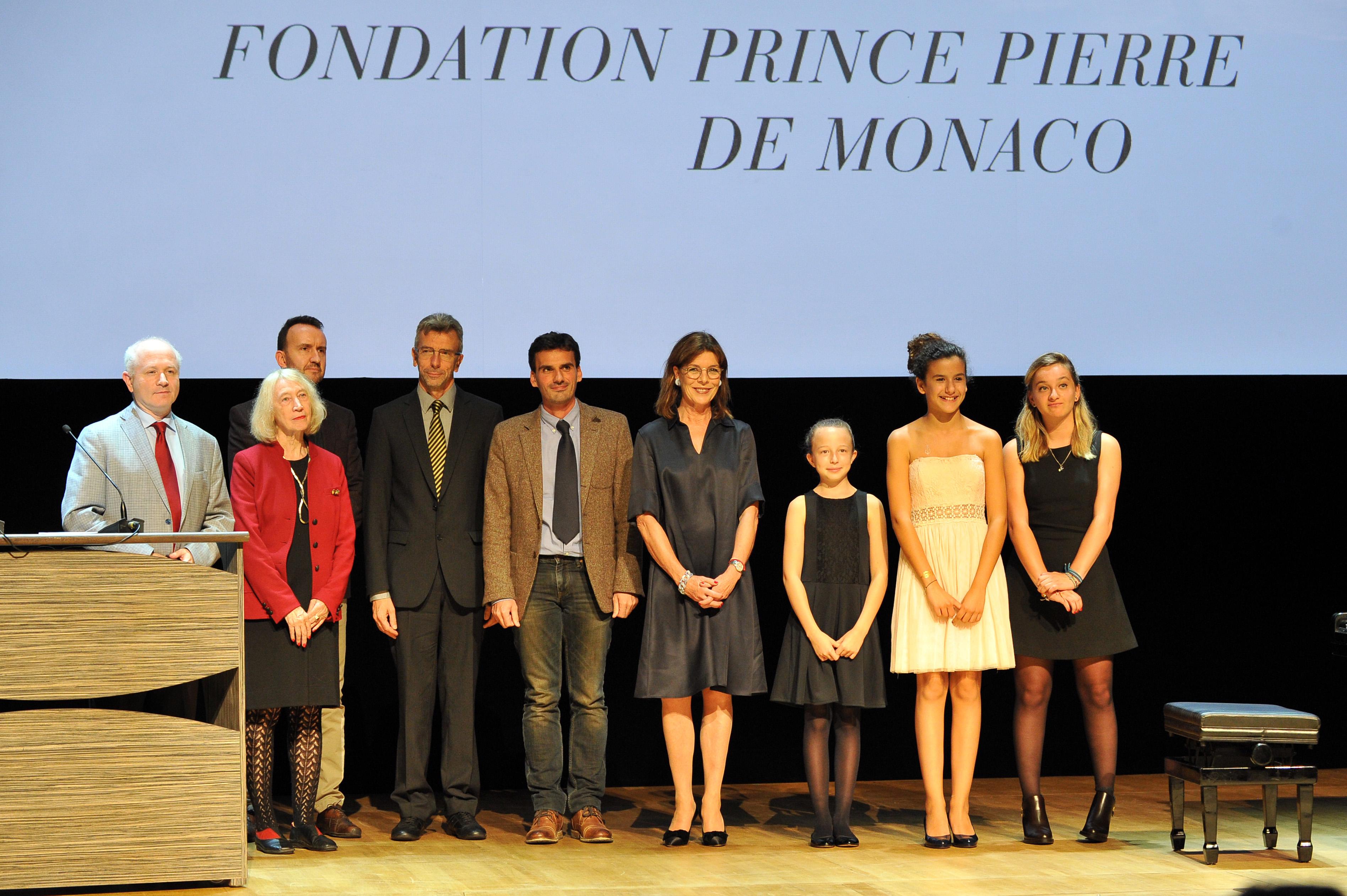 Fondation prince pierre - Pierre de comblanchien prix ...
